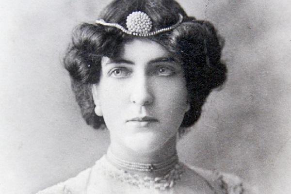 Delmira Agustini: il femminicidio di una poetessa